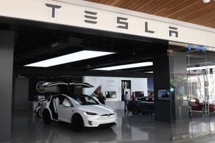 特斯拉现在是全球第二大有价值的汽车制造商