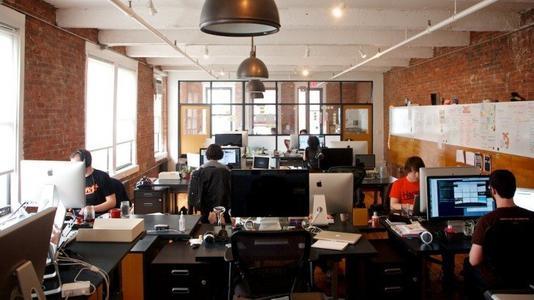 初创公司的员工盯着不确定的未来 因为薪资下降冠状病毒危机导致裁员