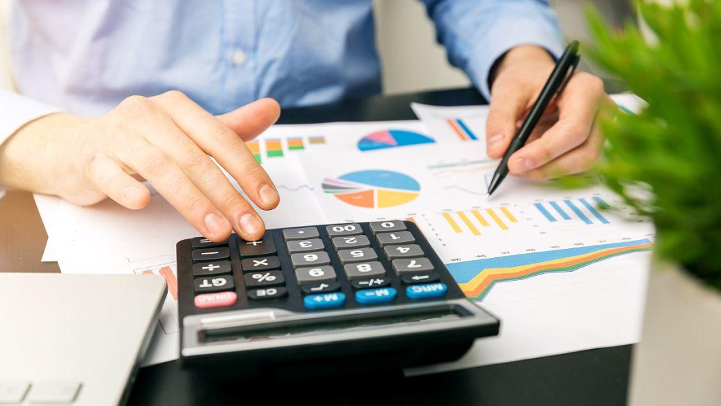 为什么财务顾问应该考虑将写作作为营销工具
