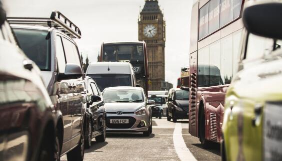 伦敦交通拥堵费上涨30%