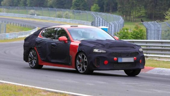 全新2021年起亚Stinger改款车开始在纽伯格林测试