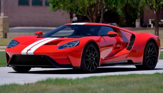 这款低里程的福特GT希望得到驾驶