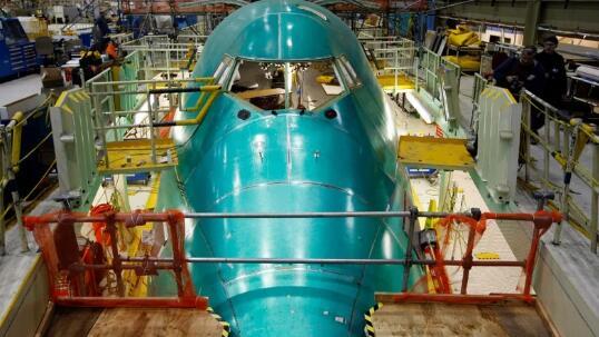 由于航空业受到局势重创波音公司将裁员1.2万人