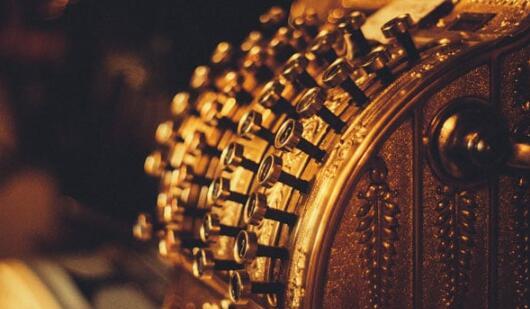 黄金期货上涨至每10克46,850卢比