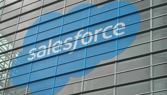 Salesforce任命Vlocity创始人为新Salesforce工业部门首席执行官