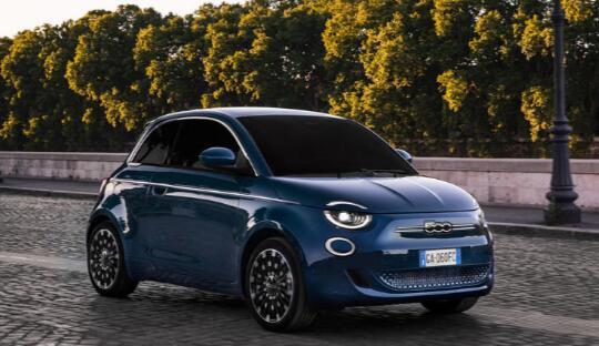新款菲亚特500e掀背车电动城市车售价26,995英镑