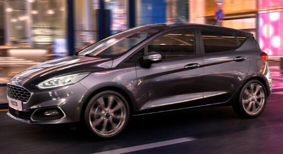 福特嘉年华轻度混合动力车起价£19,860