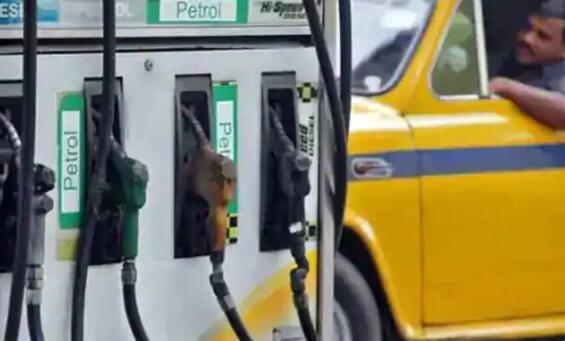 汽油和柴油价格连续第二天上涨了每升60帕斯