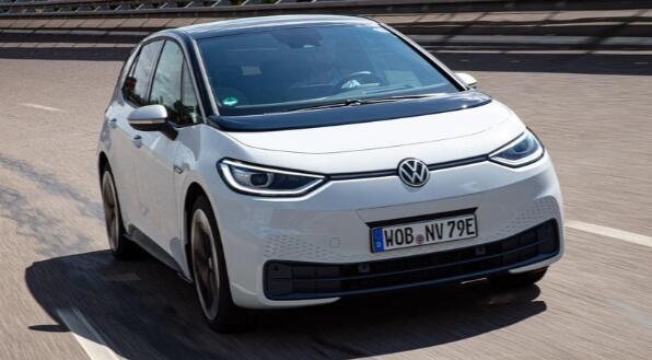 大众汽车新的ID电动汽车子品牌的第一款车型旨在模仿原始的甲壳虫