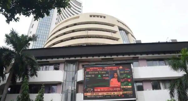 Sensex和Nifty以温和局势打开 金融类股拖累