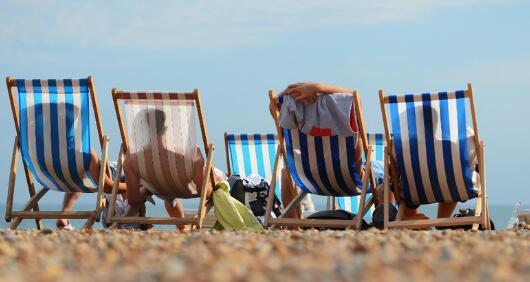 调查显示20%的消费者在寻找旅行优惠