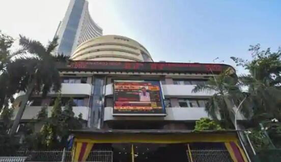 早盘Sensex指数上涨200点至3.5万点 Nifty指数达到10350点以上