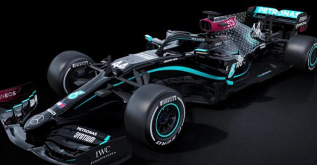 梅赛德斯-AMG揭示了全新的全黑涂装