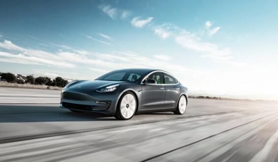 特斯拉第二季度交付了90,650辆汽车降幅小于预期
