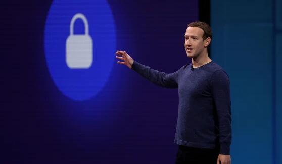 Facebook发现它与至少5,000个应用程序开发人员共享了用户数据