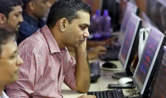 由于市场在波动性交易中放弃了早盘涨幅 Sensex和Nifty持平