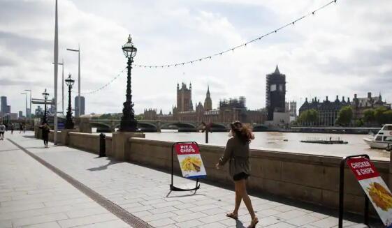 穆迪称英国经济将暴跌10%以上债务将激增