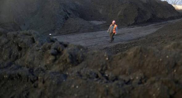 印度4-6月主要港口的动力煤进口量下降35%至17.71公吨
