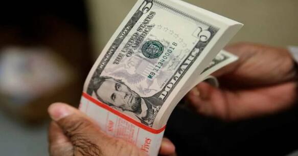 为什么印度储备银行积极购买美元