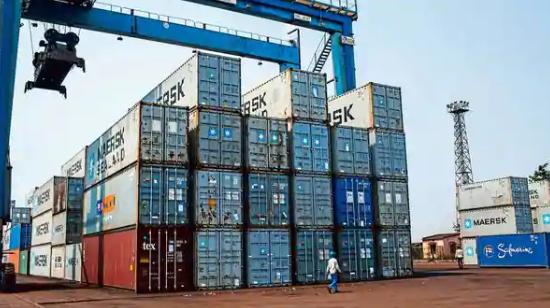 印度商品贸易余额6月份首次出现顺差8亿美元