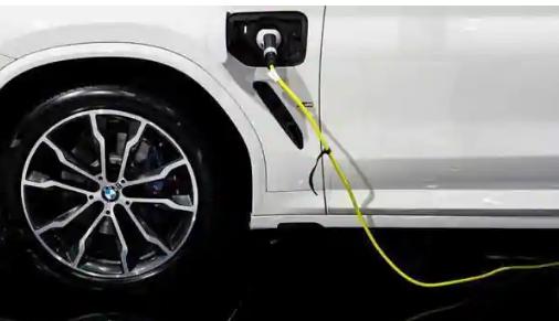 美国的电力公司正在将电动汽车借给客户