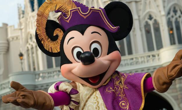 迪士尼主题公园正在赔钱 其主题公园业务遭受了19亿美元的打击
