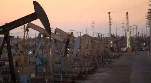 页岩全面撤退后 美国的石油钻探降至15年低点