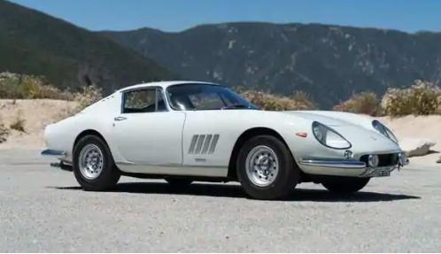 法拉利创造了有史以来最昂贵的在线汽车销售记录