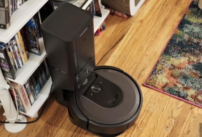 iRobot的高端Roomba i7 +真空吸尘器已降至最低价格