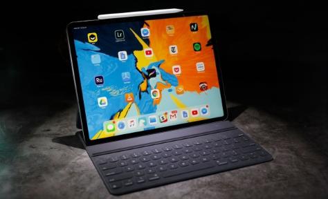 如果您不介意旧型号 B&H的LTE iPad Pro售价为669美元