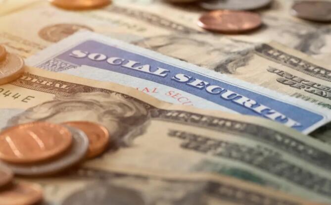 社会保障的完全退休年龄是多少?