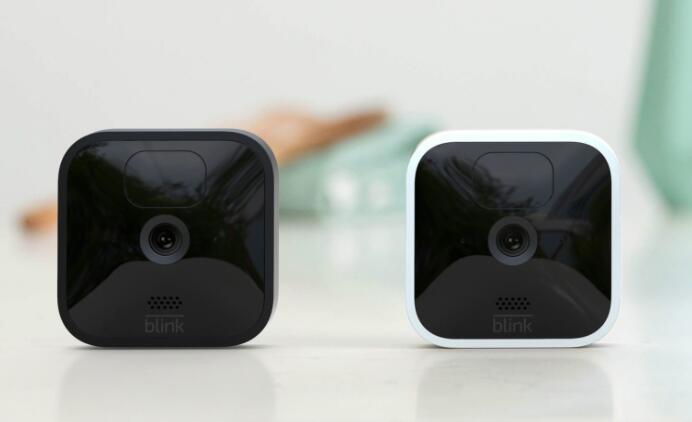 亚马逊的新Blink相机可以运行长达四年