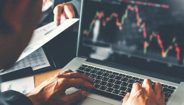 外汇交易如何运作并有利可图