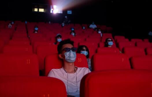 为什么票房低迷 美国人根本不准备返回电影院