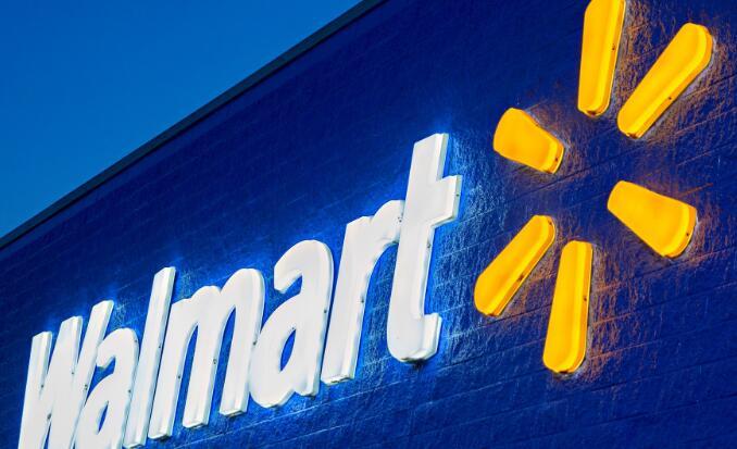 沃尔玛通过加薪来应对不断变化的零售结构 增加的提货和送货