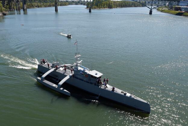 国防部长承诺增加海军造船预算数十亿美元