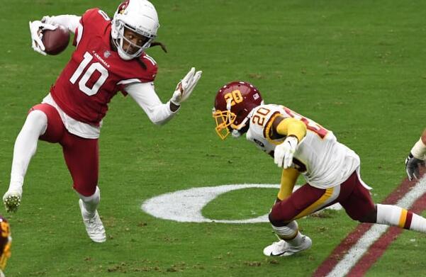 NFL明星DeAndre Hopkins通过新的BioSteel交易加强了投资组合