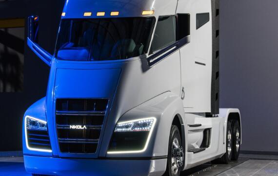 陷入困境的电动卡车初创公司的困境在周三继续
