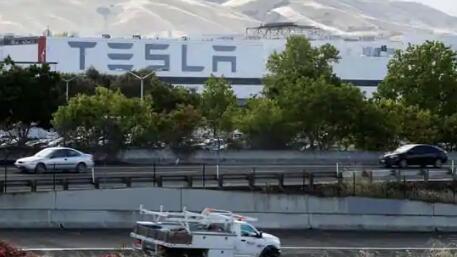 特斯拉寻求在德克萨斯州新工厂生产电池的批准