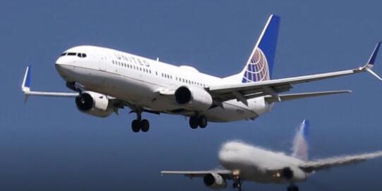 卡塔尔航空公司首席执行官警告称航空业将面临更多的崩溃