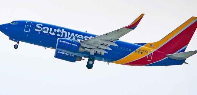 西南航空正在美国的休斯顿和芝加哥枢纽扩张