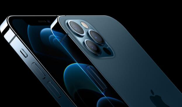 苹果下调iPhone耳塞和充电器的价格