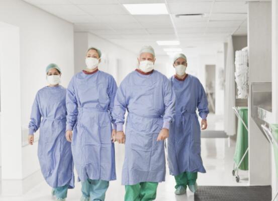 尽管令人信服的Q3节拍但数小时后直观的手术失误