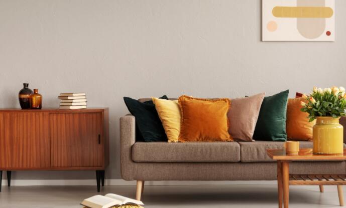 这家在线家具零售商报告了强劲的第三季度收益结果