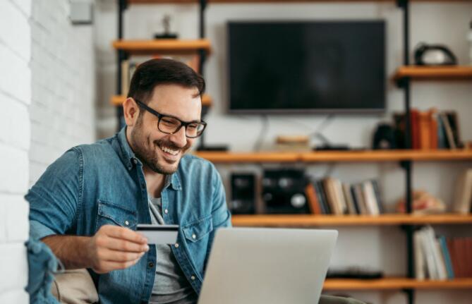 信用卡贷方公布的收益好于预期