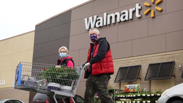 沃尔玛收入最高预期因为客户的新购物习惯使电子商务销售额猛增79%