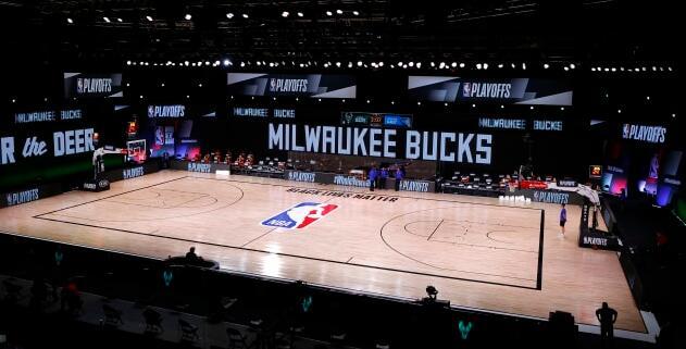 NBA的密尔沃基雄鹿队努力满足明星Giannis Antetokounmpo并完成经济发展计划