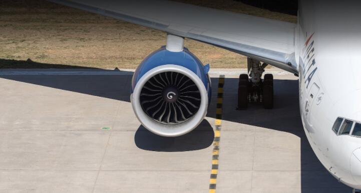 明年三月达美航空将封锁中间座位