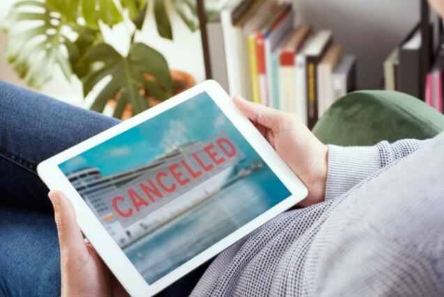 嘉年华在2021年初取消了全美巡游舰队