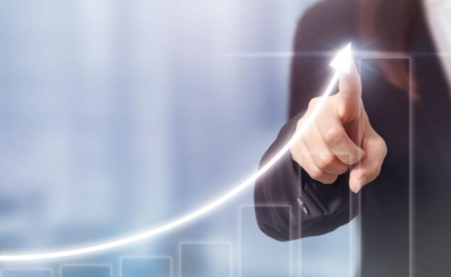 该公司表示其三年业务转型正步入正轨